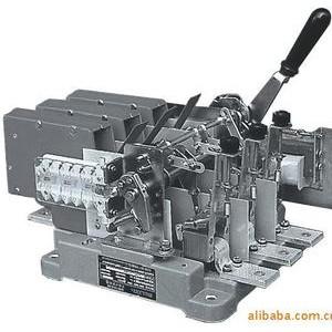 万能式断路器DW16-4000/3电动现货德力西电器