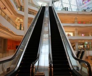 如何让悲剧不再重演,扶手电梯成商场安全最大隐患!